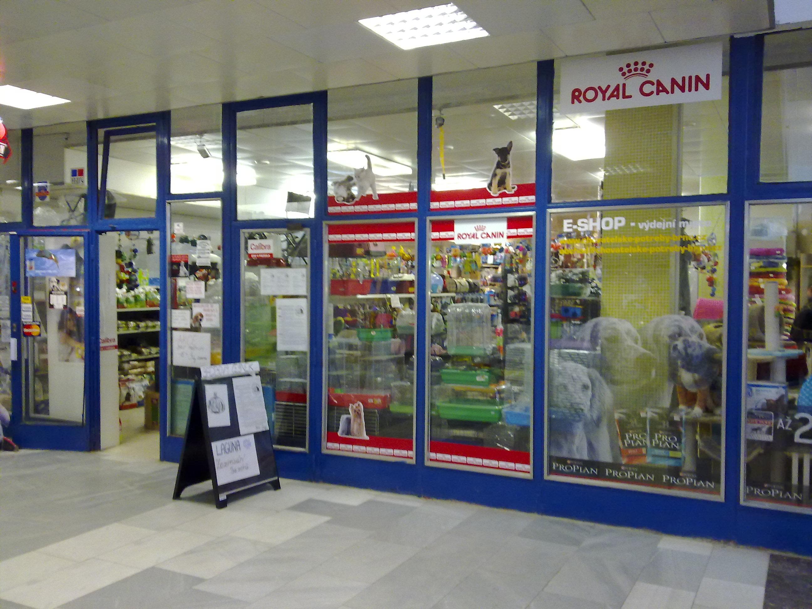 e3e13de15cc Obchodní centrum MAX » ZÁSILKOVNA