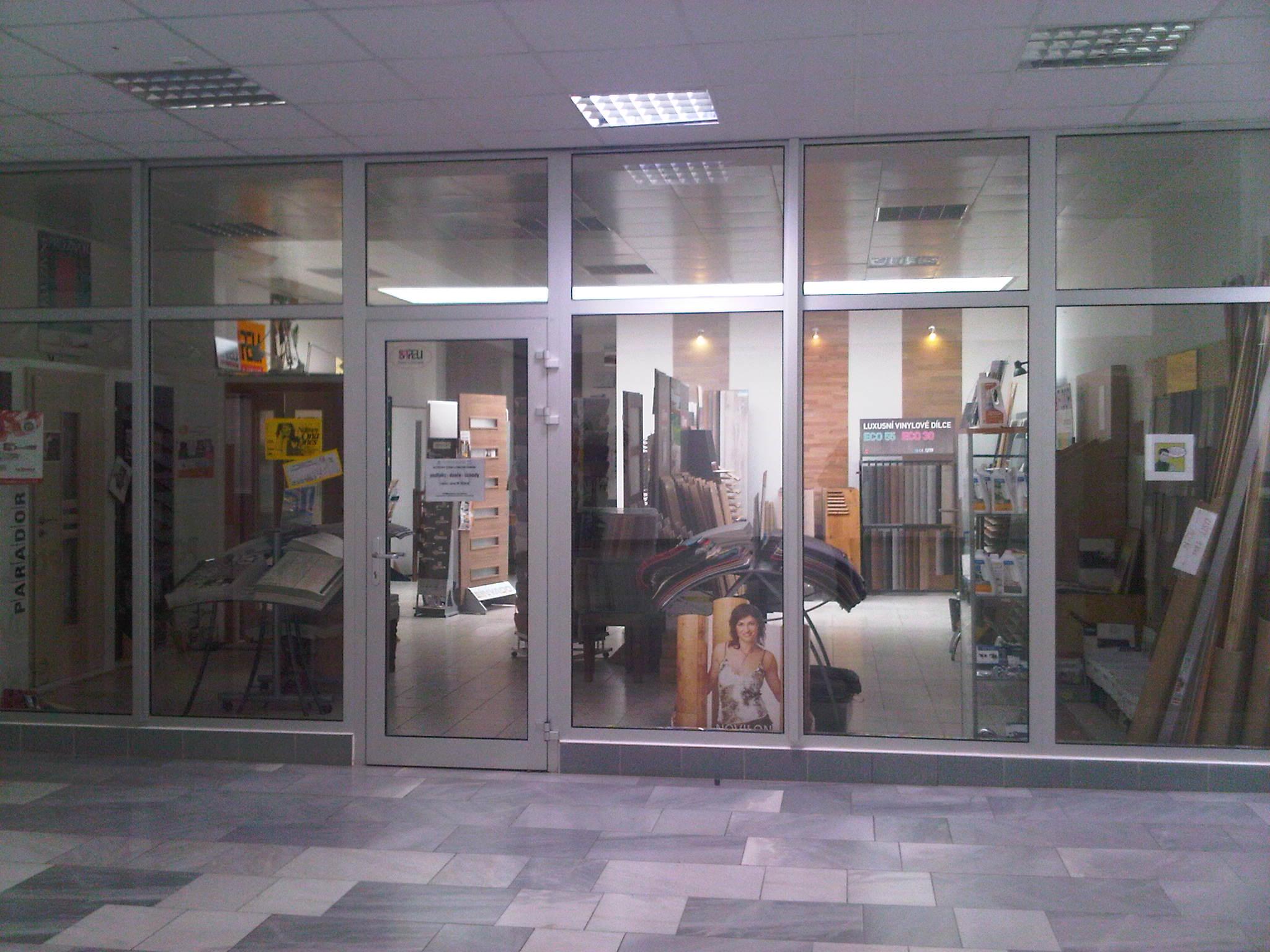caf48e8b364 Obchodní centrum MAX » ADAMOSO podlahy